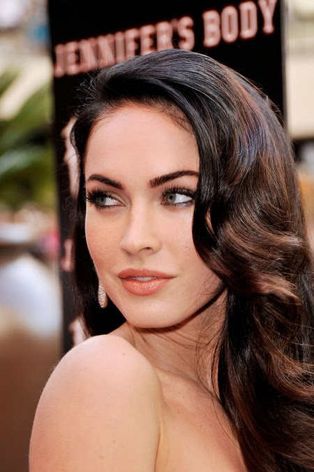 [gallery_main-0918_megan_fox_bald_14.jpg]