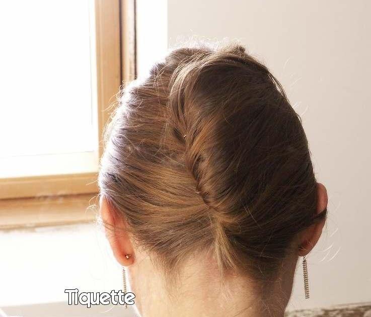 tuto vid o chignon banane coiffure cheveux long extension cheveux. Black Bedroom Furniture Sets. Home Design Ideas