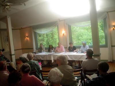 McKeever, Edwards, moderator Santowski, Seaman, Huja