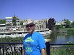 En Hama con los molinos de agua