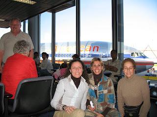 Aeropuerto de Chicago, listas para embarcarnos a Delhi en en American Airlines