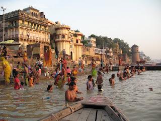 Abluciones en el Ganges
