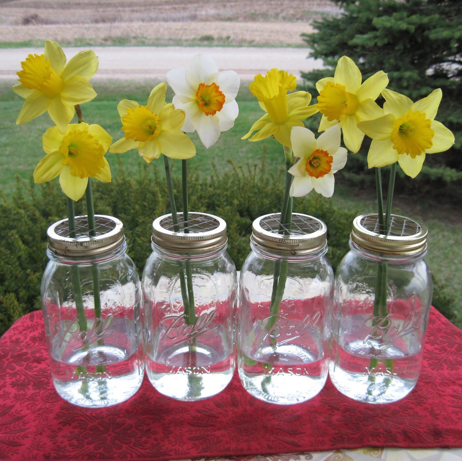 Mason Jar Wedding Reception Ideas: Hearts & Flowers: Decorating For Your Wedding Day: April 2010