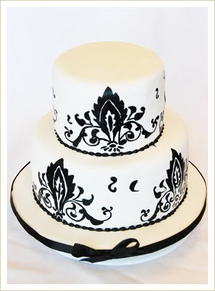 Black  White Maxi Dress on Bridal Black And White  Black And White Cake Design