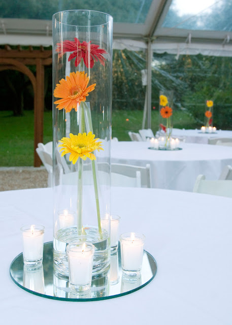 Hearts flowers decorating for your wedding day simple