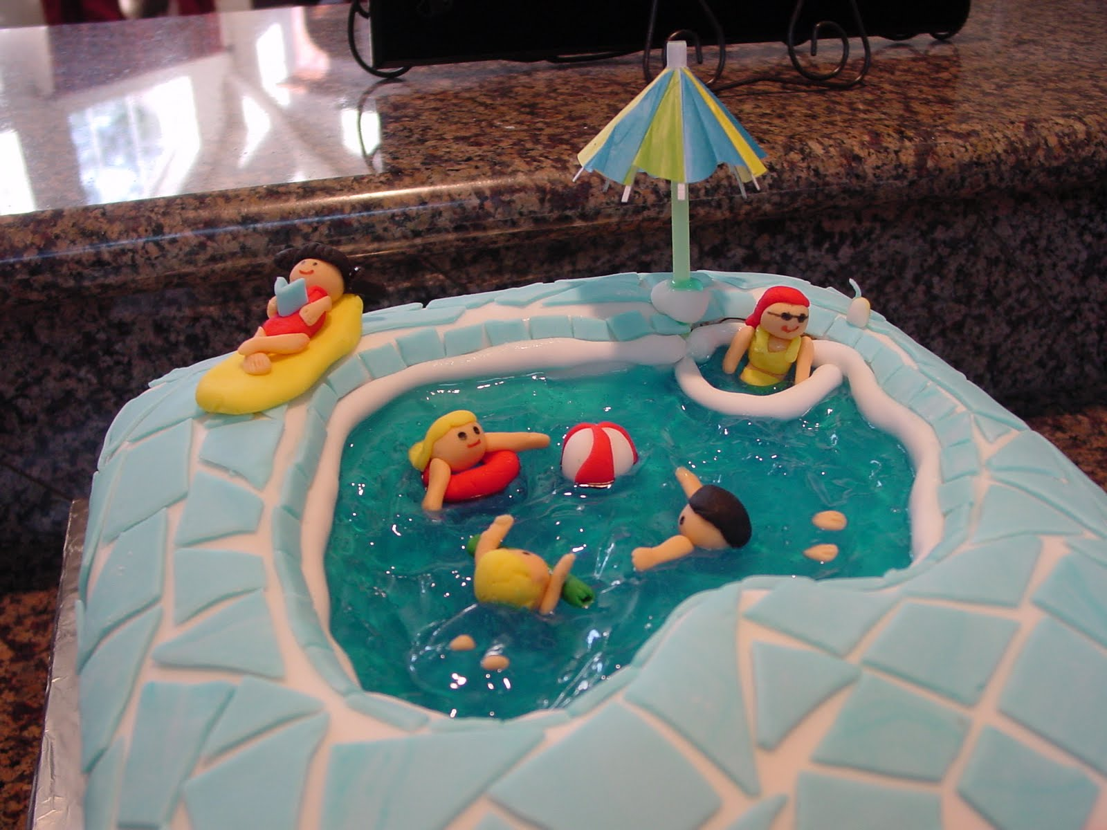 Claudia 39 S Cakes Swimming Pool Cake