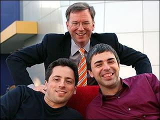 Presidente, Eric Schmidt e os fundadores do Google, Larry Page and Sergey Brin, preparam reação aos movimentos de aproximação entre Microsoft e Yahoo!