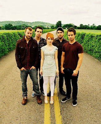 paramore avenged sevenfold peace love paramore hr pg lov rev