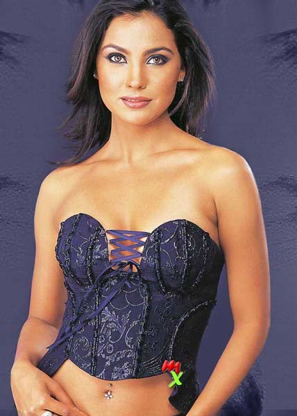 lara dutta wallpapers. Lara Dutta Bollywood Hot