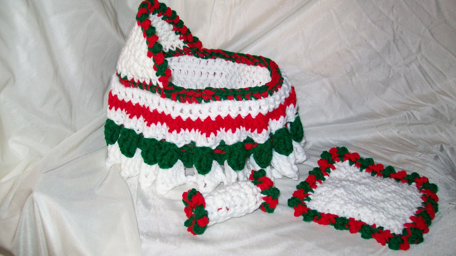 Crochet Bag Pattern Cotton : My Crocheted and Knitted Items: Cradle Purse special order....