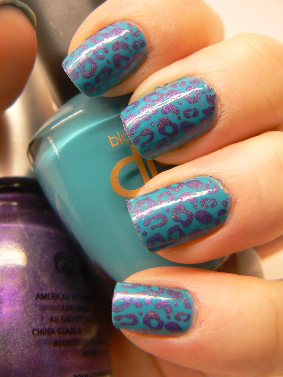 Ssg Glazing Colors : Sea of polish konad with holographic