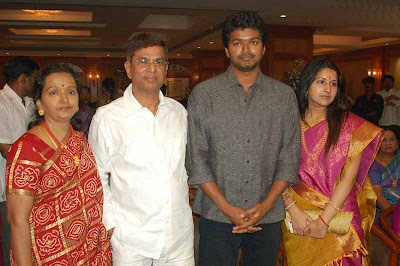 Actor+vijay+family