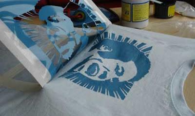 Annavas eyes 03 diy t shirt stencil printing for Diy tee shirt printing