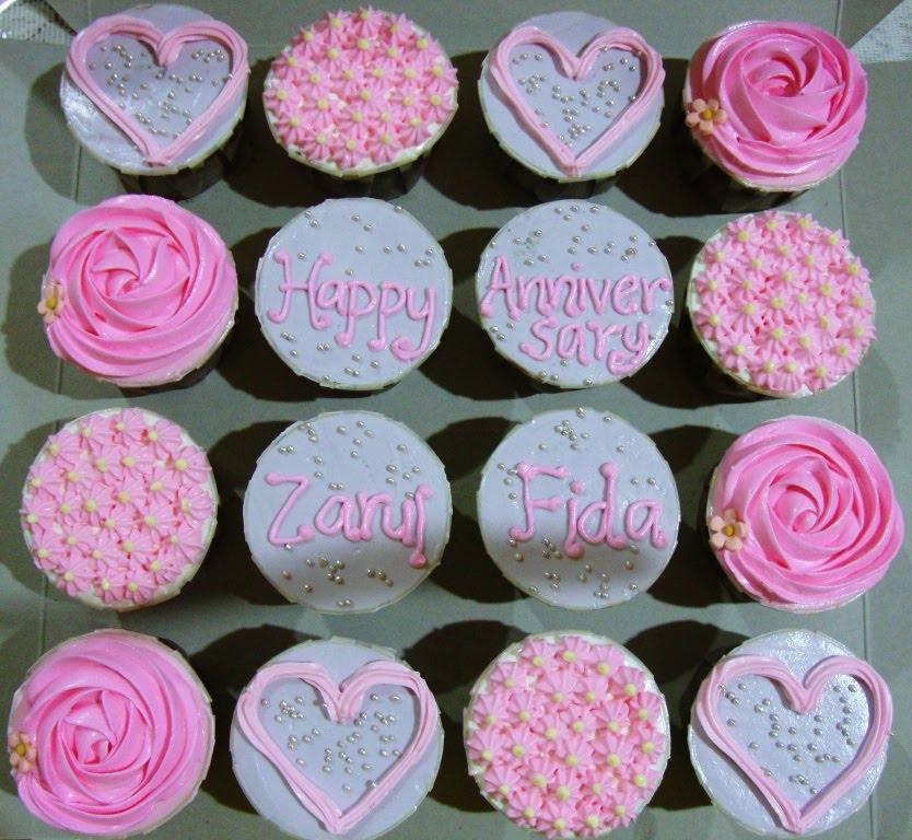 Happy Anniversary Cupcakes