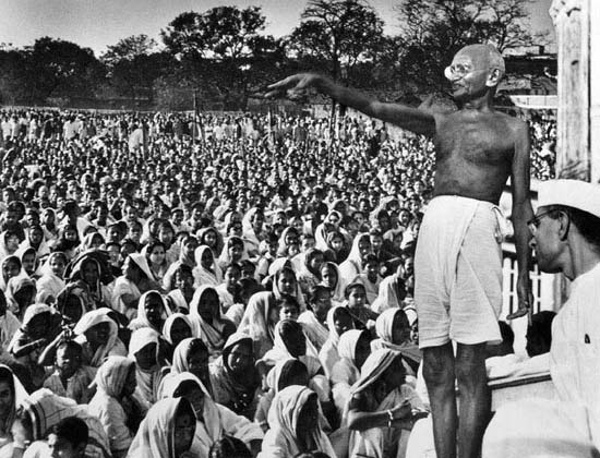 what did gandhi do for the untouchables