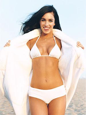 Aparcamiento - Página 2 Megan-fox-bikini-gq-outtake-11