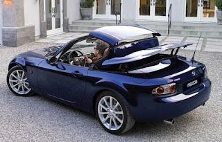http://1.bp.blogspot.com/_5U_GVpj3JRI/R4Ic5kSi_8I/AAAAAAAAABc/OZh2e-XXH0Q/s320/mazda-mx-5-2007-roadster-coupe-head-30-8-6.jpg