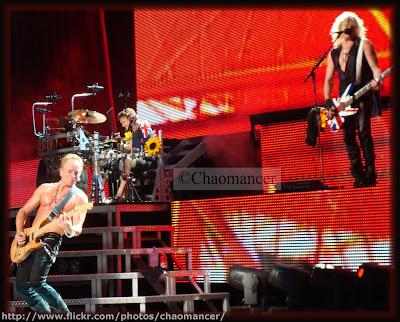 Phil, Rick, And Sav - 2009 - Def Leppard