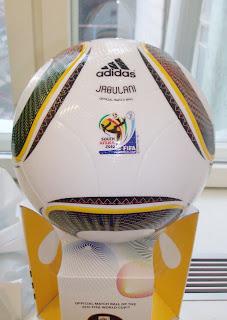 Jabuli - Ball der Fußball WM 2010