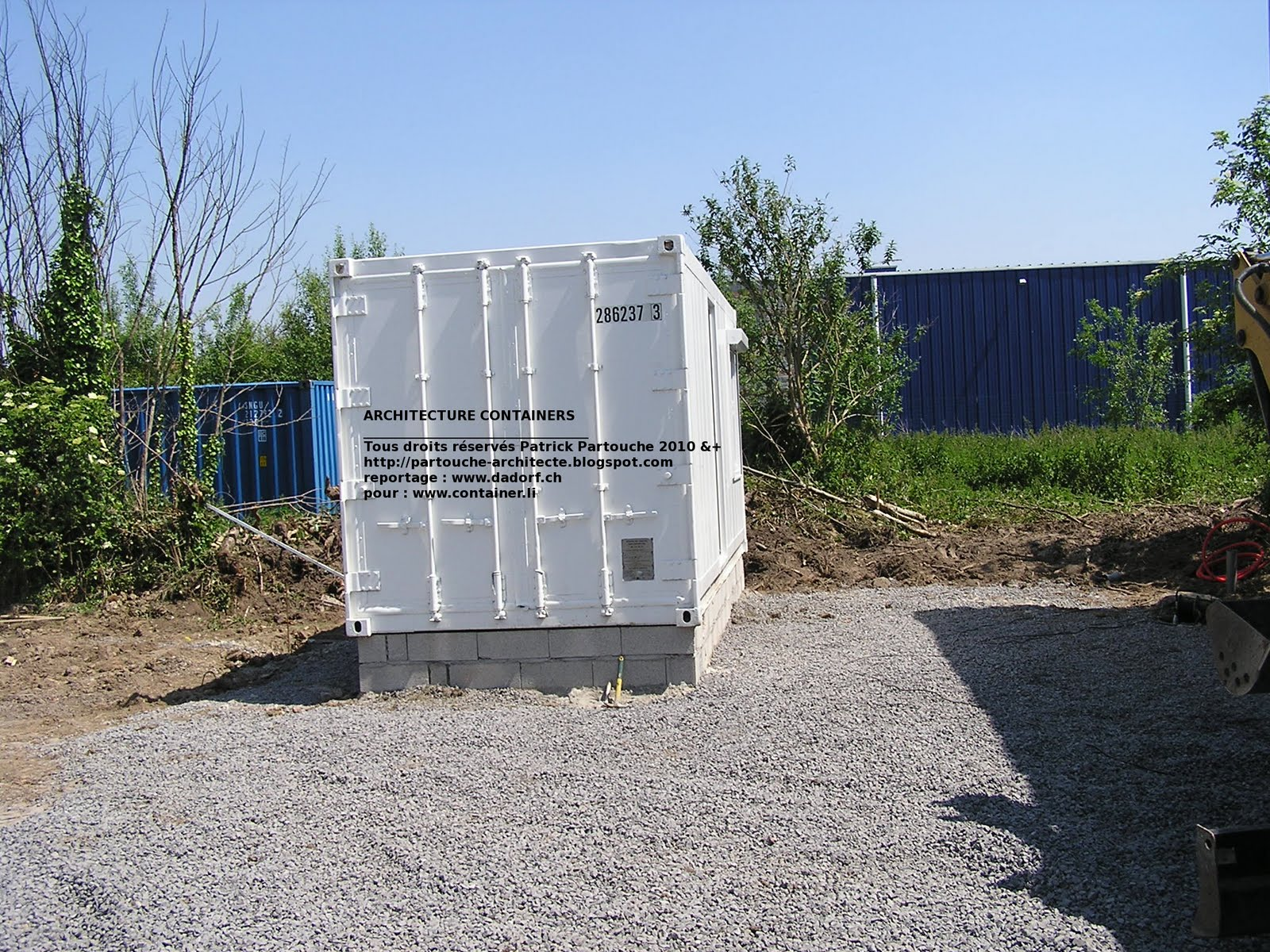 Patrick partouche lesquin maison serre container for Conteneur pour maison