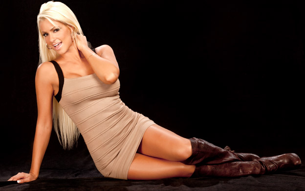 Wwe superstars hot and sexy maryse ouellet for Hottest wwe diva