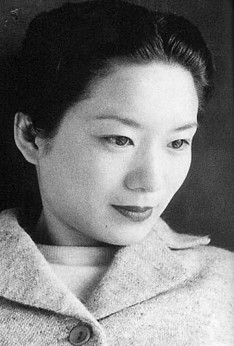 HARULOGU HARULOGU: 向田邦子から見る現代女性の理想像   向田邦子から見る現代