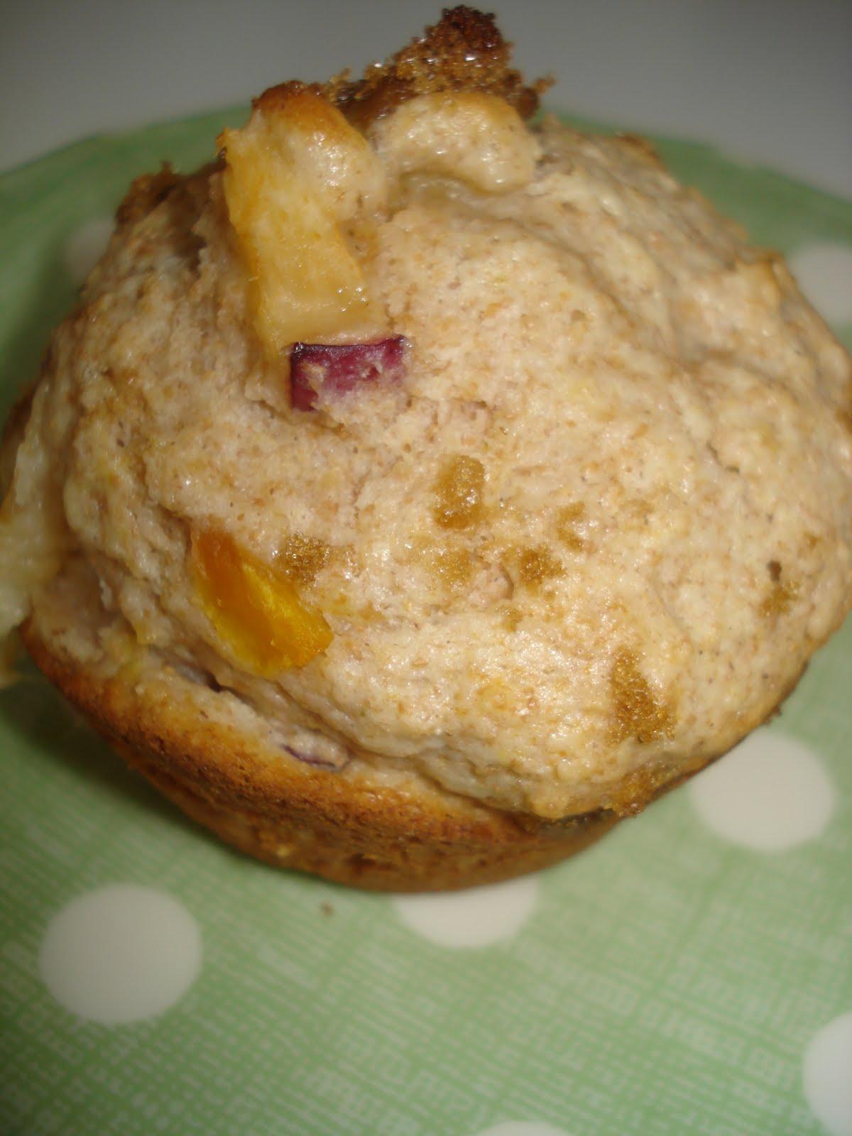 Dame Good Eats: Whole Wheat Peach Muffins