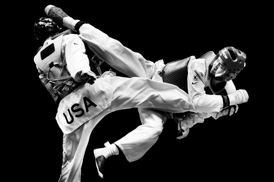 http://1.bp.blogspot.com/_5cOEtioEctE/S9qcD-kJxSI/AAAAAAAAAUM/3GZTUep58uA/s1600/Taekwondo001.jpg