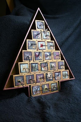 kant en klare kalenders in de winkel gevuld met chocola