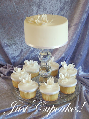 Wedding Cupcakes Vanilla cupcakes with white fondant top Decorated with a