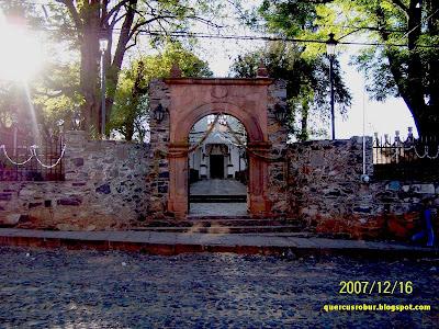 Vista de la capilla de Señor del Ocotito