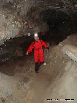 En la cueva Bandoleros