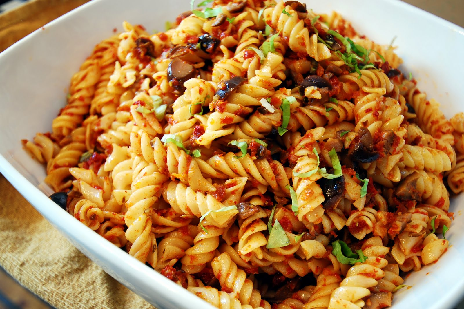 Have Spork, Will Travel: Sun-dried Tomato Pasta Salad