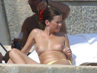 anna friel bikini