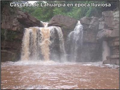 primera cascada de lahuarpia en moyobamba, peru