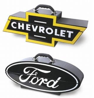 Logos de Ford y Chevrolet
