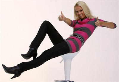 http://1.bp.blogspot.com/_5eEJcRsmTDI/Sz_bwr51gWI/AAAAAAAAKeQ/-g4fFNZhr1c/s400/miss+switzerland+2009-linda+fah.jpg