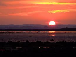 http://1.bp.blogspot.com/_5etCgFGSE2o/TQzNqLF6zYI/AAAAAAAAA0w/s-Q7NXc71R0/s320/Sunrise.jpg
