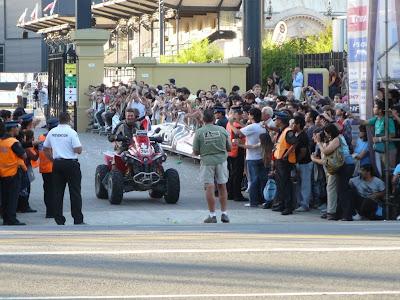 Аргентина Буенос Айрес финиш Дакар 2010 машины и четырёхколёсники