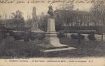 Statue dans les jardins de la Mairie d'Audenge