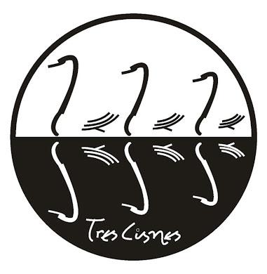 Tres Cisnes