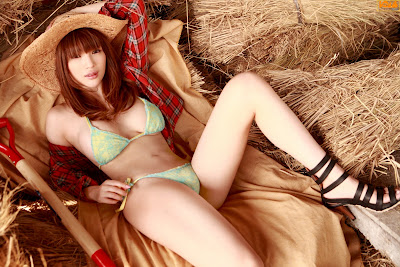 [Bomb.tv] Yuuri Morishita (2010.06)