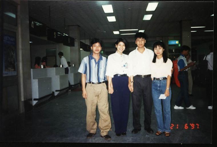 Bốn anh em nhà kia (Lana trong đồng phục Tân Sơn Nhất)