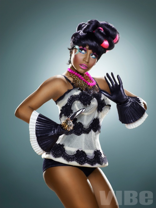 Nicki Minaj Fashion Look