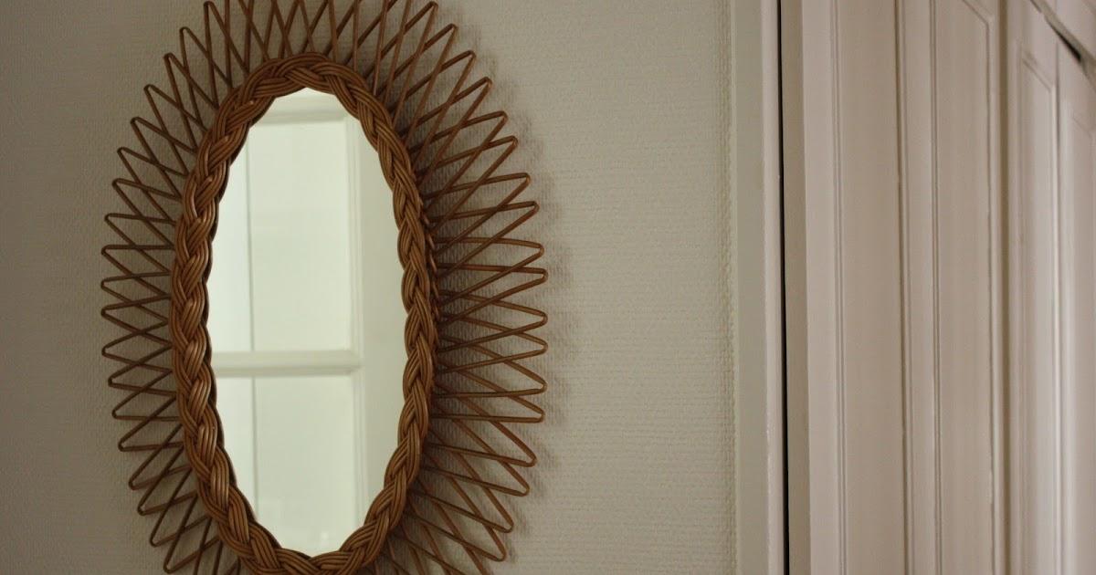 Past present miroir en rotin reflet chic et exotique for Miroir sans reflet