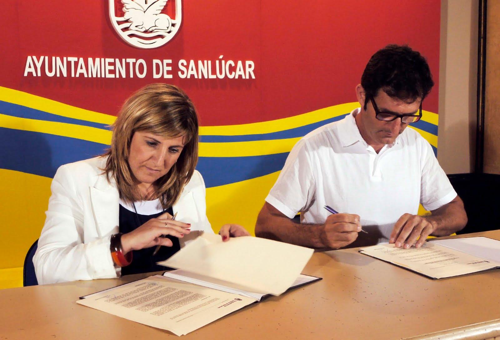 La aventura humana la alcaldesa firma un acuerdo con el - Colegio arquitectos cadiz ...
