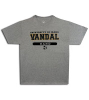 Gray University of Idaho Vandals t-shirt.