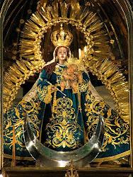 Advocación del Mes: Virgen del Rosario