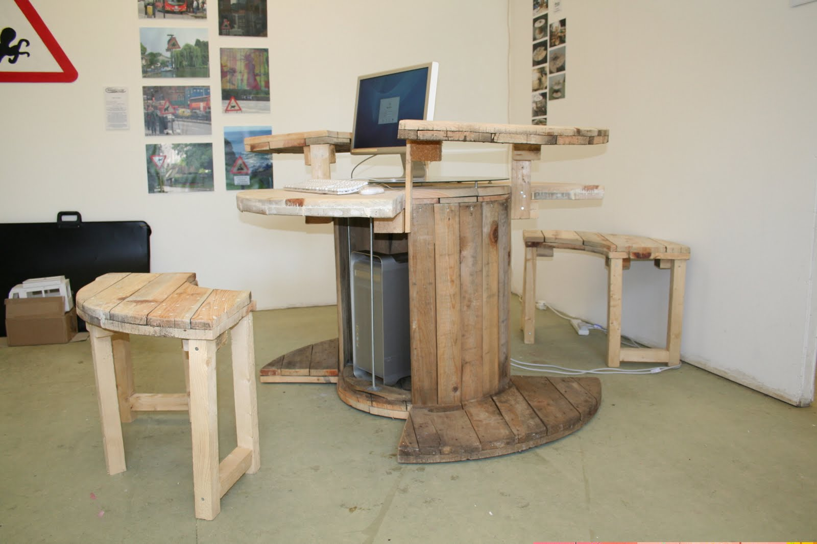 A wire spool desk construction and diy projects forums for Diy wire spool