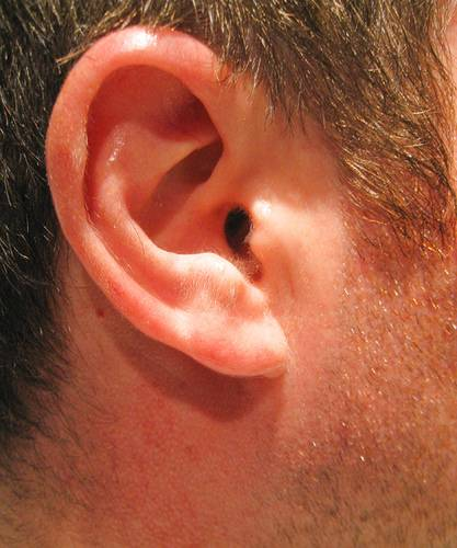 How to Clean Ear Wax